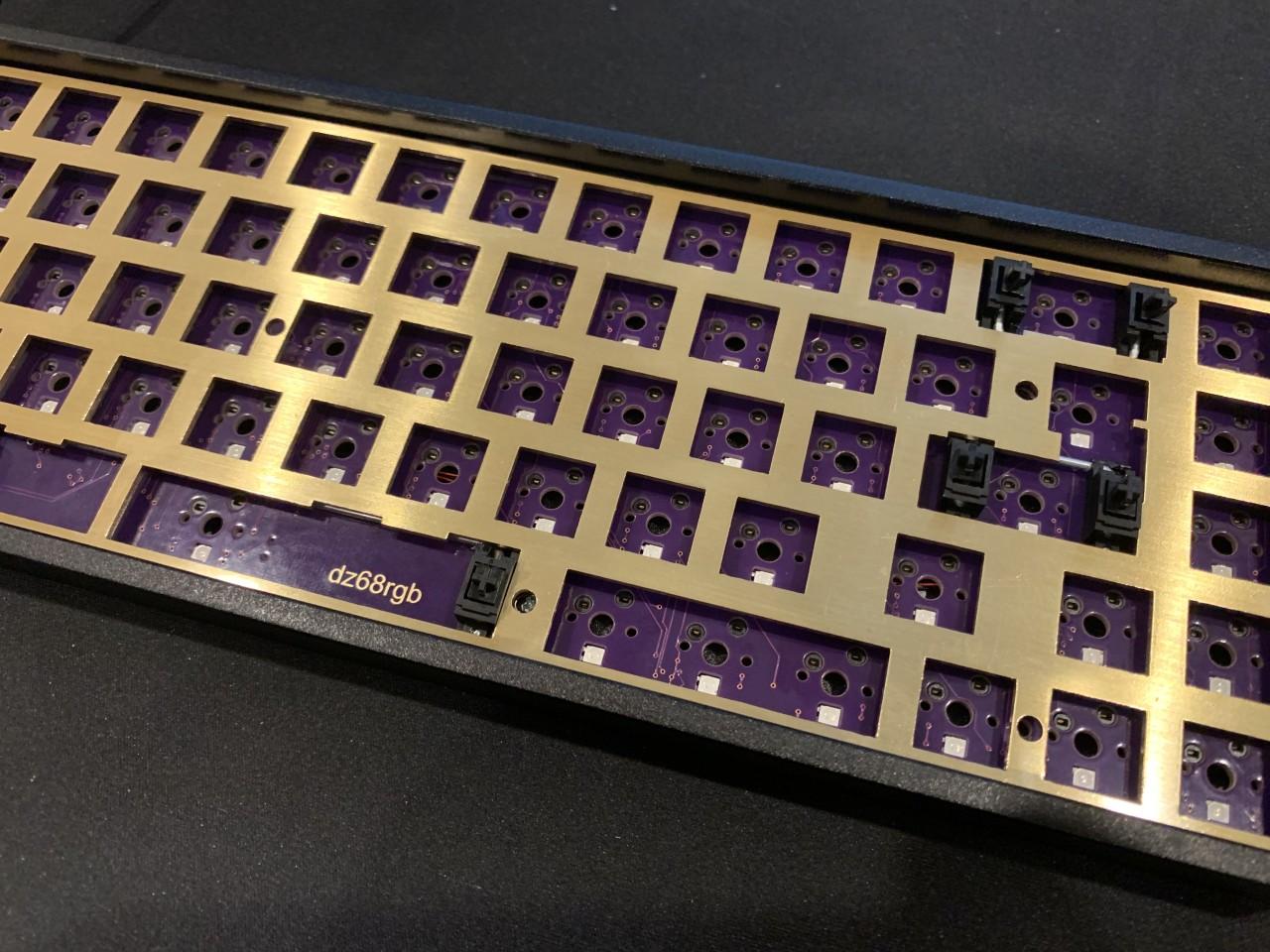/img/hardware/custom-keyboard-dz65rgb/IMG_4851.jpg
