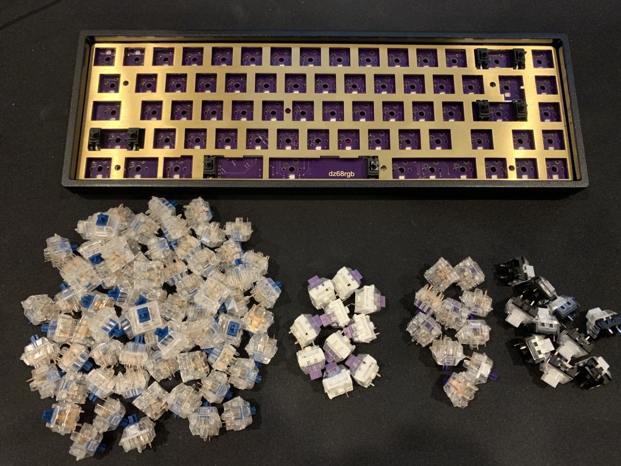 A pile of switches