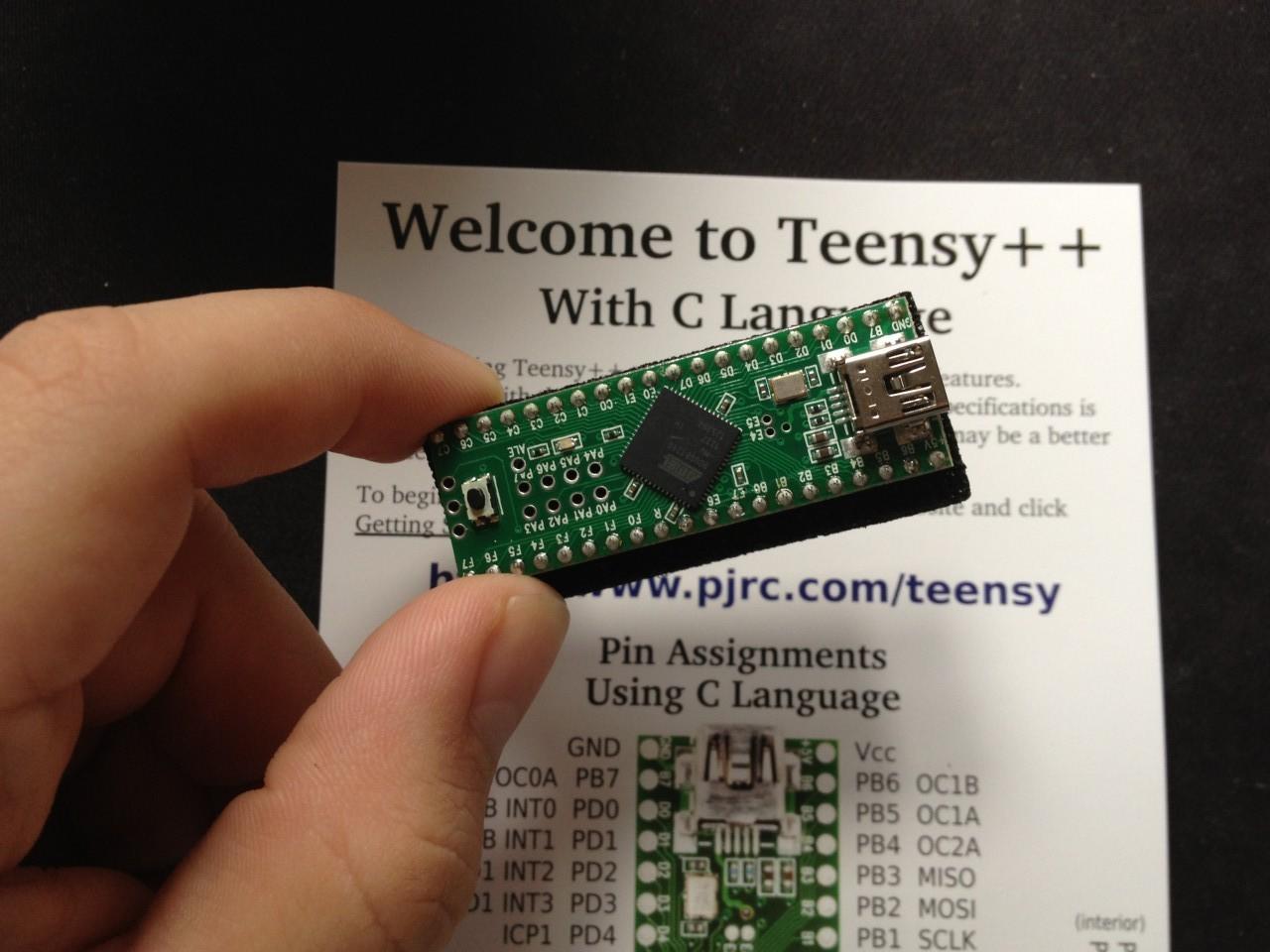 /img/hardware/midi-controller/IMG_2731.jpg