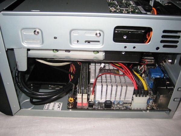 /img/hardware/mini-server/server_13.jpg