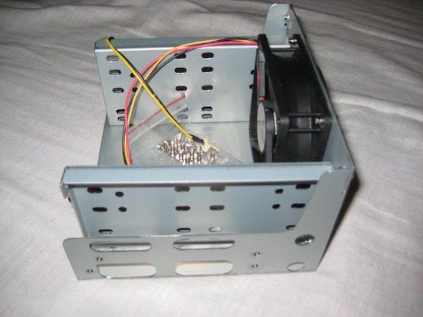 /img/hardware/mini-server/server_3.jpg